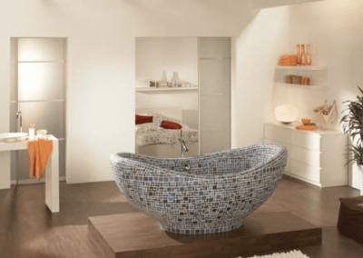 Freestanding tile tub