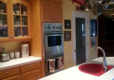 kithen remodel with red accents