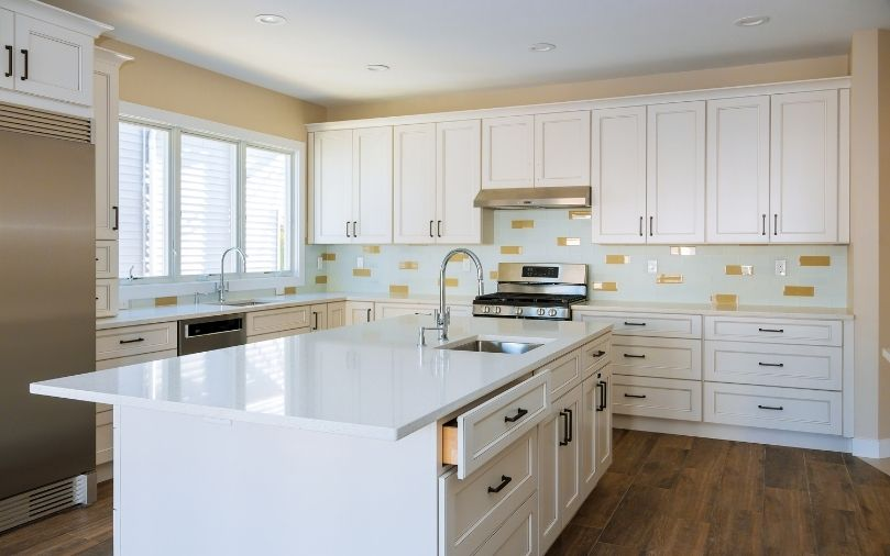 How To Match Your Countertops To Your Cabinets