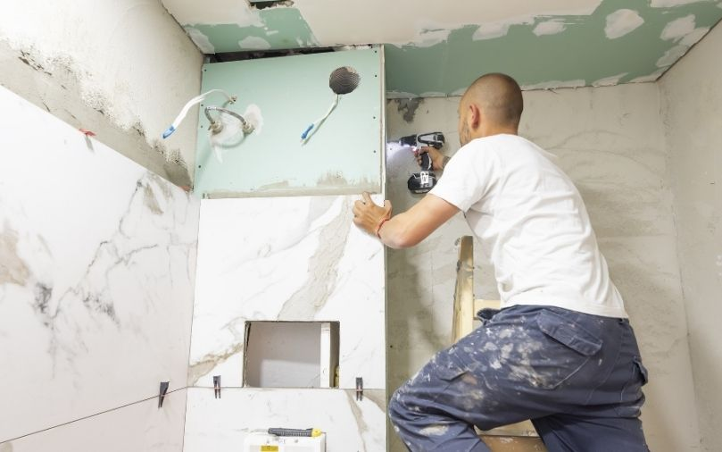 DIY Home Projects Versus Hiring a Professional