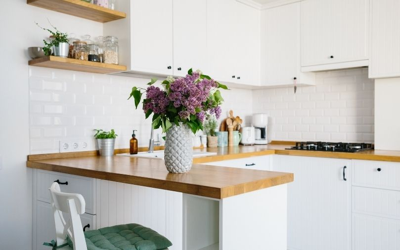 Small Kitchen Layout Tips You Should Know About